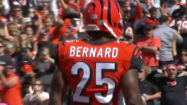 Bengals Bernard rushes in with a 13-yard touchdown