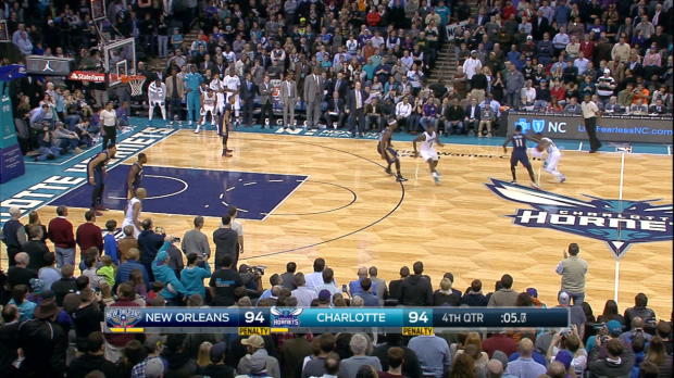 Play of the Day: Kemba Walker