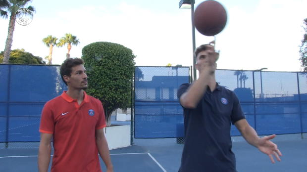 PSG - Meunier & Stambouli d�fient ''Team USA''