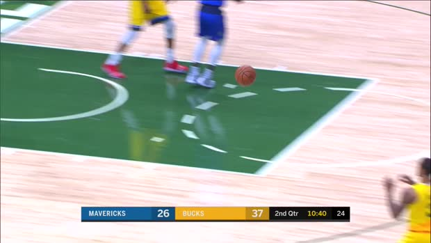 WSC: Maxi Kleber (8 points) Highlights vs. Milwaukee Bucks