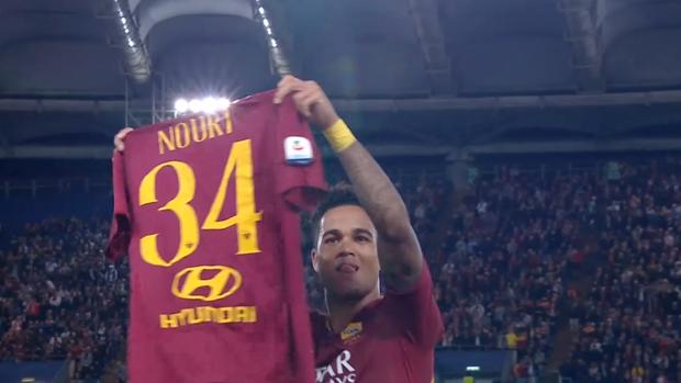 UEFA Champions League: Kluivert widmet sein Tor Nouri