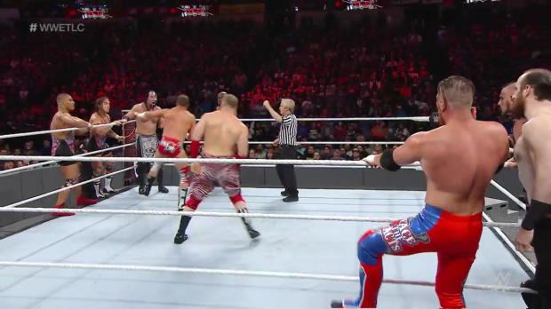 10-Man Tag Team Match: WWE TLC 2016 Kickoff