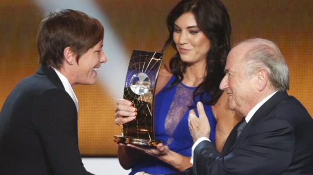 FIFA: Solo beschuldigt Blatter der Belästigung