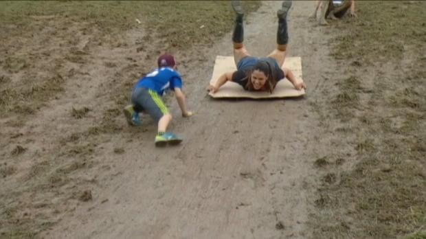 Mendoza slides down mud hill