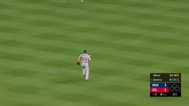 Martinez's 4-hit game vs. Nats