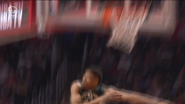 Block Of The Night: Giannis Antetokounmpo