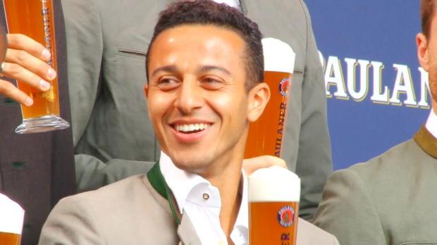 Bayern oder nix! Thiago verlängert bis 2019