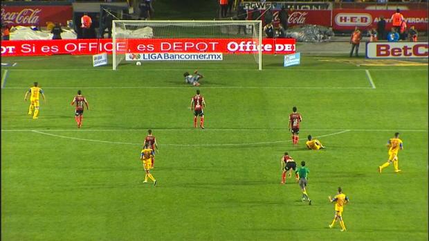 Liga MX: 35 Meter! Gignac mit Traum-Schlenzer