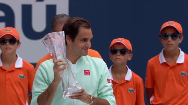 Basket : Miami - Federer remporte son 101e titre en corrigeant Isner