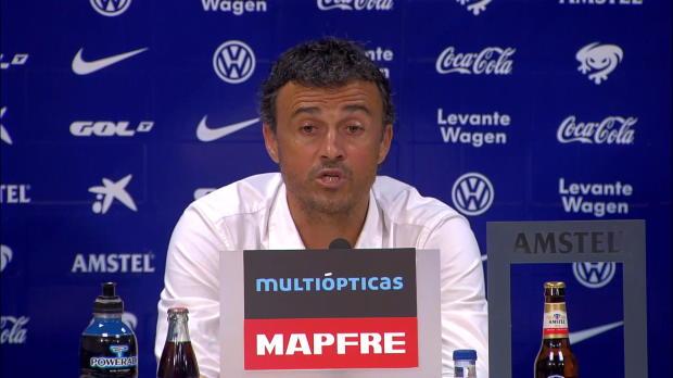 Barcelone a écrasé Levante dimanche soir (5-0), notamment grâce à un excellent Lionel Messi (1 but, 2 passes décisives). Luis Enrique rend hommage à l'Argentin et félicite l'intégralité de son équipe.