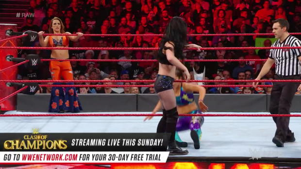 Bayley & Mickie James vs. Paige & Mandy Rose: Raw, Dec. 11, 2017