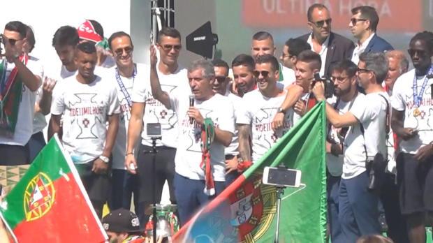 Portugal-Coach Santos in der Heimat gefeiert