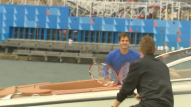Roger Federer and Lleyton Hewitt play across Harbour Bridge