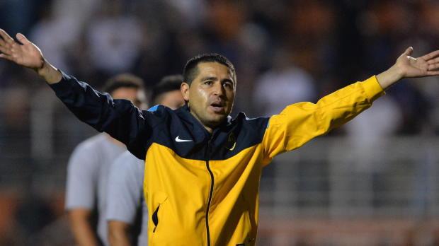 Après pratiquement deux décennies au plus haut niveau, Juan Roman Riquelme a décidé de mettre un terme à carrière à 36 ans. Meneur de jeu brillant de Boca Juniors, l'Argentin a également porté les couleurs du Barça et de Villareal.