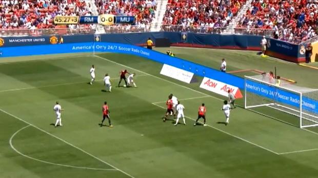 لقطة: كرة قدم: مارسيال يراوغ دفاع ريال مدريد بشكل لا يصدق