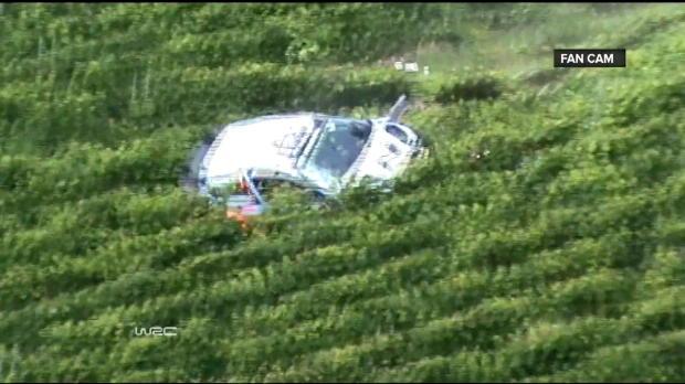 Foot : Video - WRC, Allemagne : L'impressionnant crash de Neuville