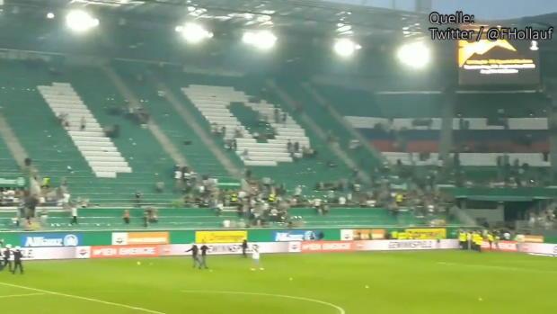Ö-Bundesliga: Platzsturm nach Wiener Derby