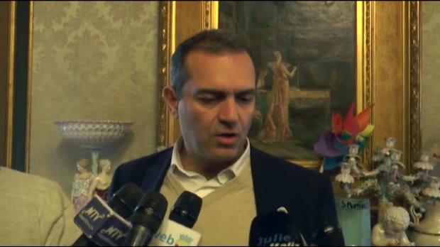 Il sindaco de Magistris: