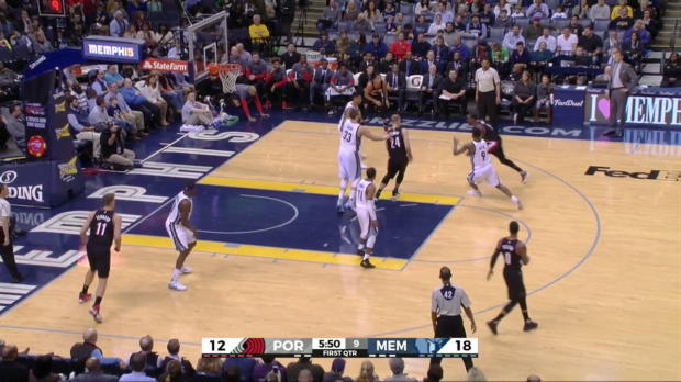 WSC: Damian_Lillard_goes_for_33_points_in_win_over_the_Grizzlies