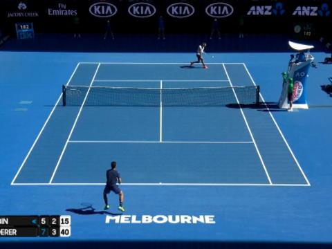 لقطة: تنس: فيديرر يعبر بسهولة إلى ثالث أدوار أستراليا المفتوحة