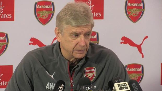 "Wenger: Özil bleibt ""natürlich"" bei Arsenal"