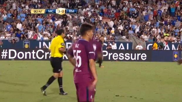 لقطة: كرة قدم: دياز يسجل هدفاً مثيراً للاعجاب للسيتي