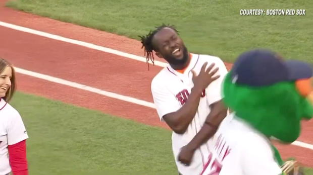 Kofi Kingston throws out the first pitch on WWE Night at Fenway Park