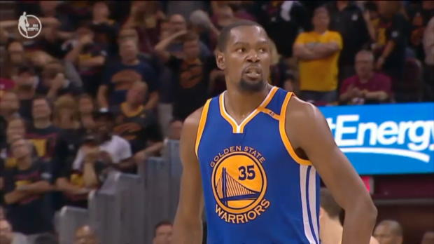 "SPOXmas: Kevin Durant: ""Not this guy"""