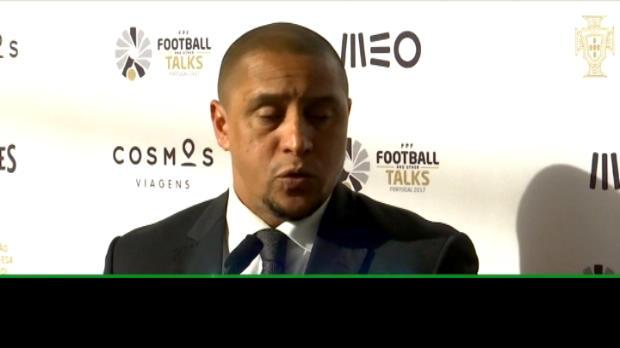عام: كرة قدم: تأثير رونالدو يجذب الثناء من روبرتو كارلوس