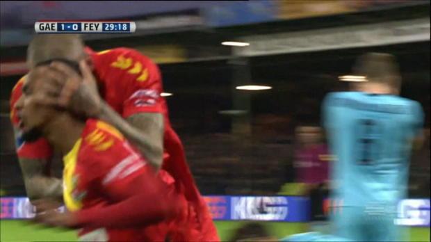 Aufsteiger-Coup gegen Spitzenreiter Feyenoord