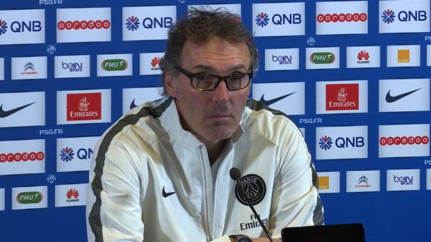 A quelques jours de la fin du mercato hivernal, le PSG n'a enregistré aucune arrivée. Pour l'expliquer, Laurent Blanc estime que le club parisien est considérablement handicapé par le fair-play financier.