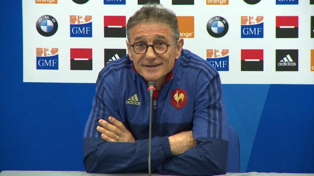XV de France - 'Papy' Nov�s ironise sur son exp�rience