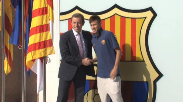 Foot Transfert, Mercato Liga - FC Barcelone, Fragilis� par l'affaire Neymar, Rosell d�missionne