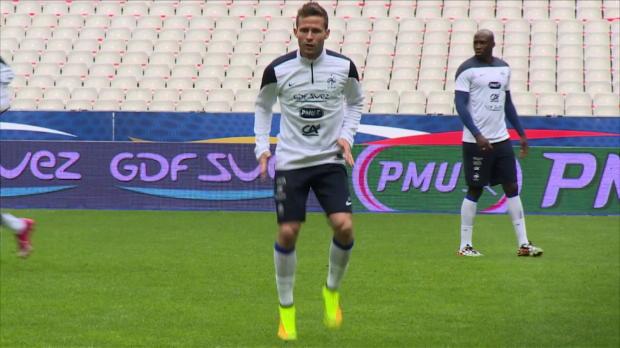 Foot Transfert, Mercato PSG - Le malaise Cabaye