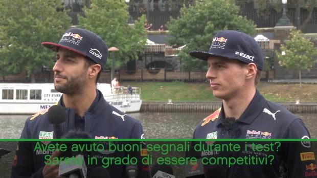 Ricciardo prende in giro il 'poppante' Verstappen