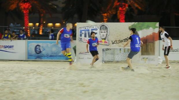 Kuwait vive el fútbol playa a la sombra de Neymar