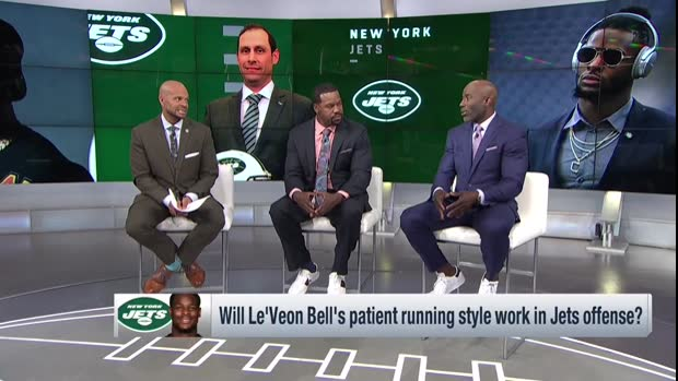 Terrell Davis: New York Jets running back Le'Veon Bell's running style will clash with Jets' offensive rhythm initially