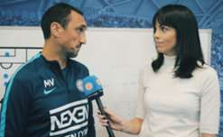 Sophie Smith gets the inside word from City Head Coach Michael Valkanis ahead of Sunday's Elimination Final against Perth Glory at AAMI Park.  #ALFinals #MCYvPER  http://melbc.it/2oHd3Kw