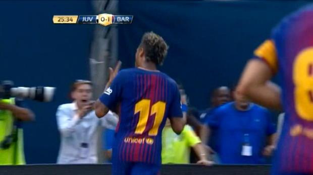 لقطة: كأس الأبطال الدوليّة: نيمار يضاعف تقدّم برشلونة أمام يوفي بهدف خاطف للأنفاس