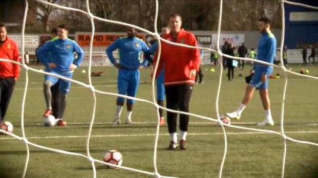 لقطة: كرة قدم: لوتيسييه يدكّ شباك ساتون من علامة الجزاء عكس ميرسون