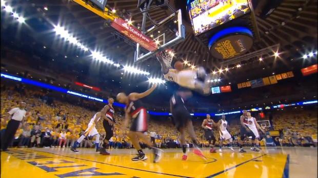 Basket : NBA - L'action qui tue - Draymond Green arrache le panier