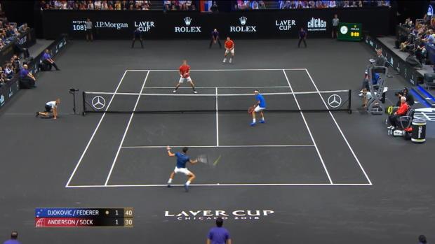Laver Cup: Djokovic schießt Federer ab