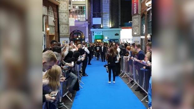 City-Schock! De Bruyne humpelt zur Doku-Premiere