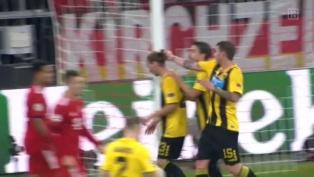 Teamkollegen-Streit: Cosic attackiert Hults Haare   UEFA Champions League Viral