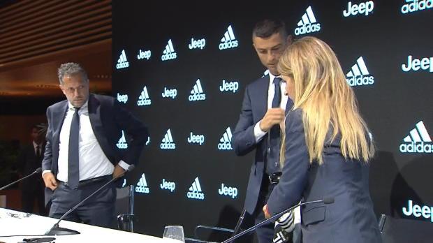 Benvenuto, Cristiano! CR7 bei Juve vorgestellt
