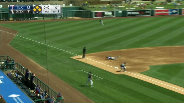 Moncada's bases-clearing double
