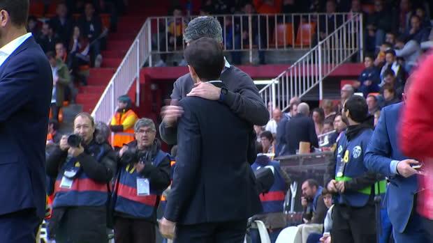 La Liga: Valencia - Real Sociedad | DAZN Highlights