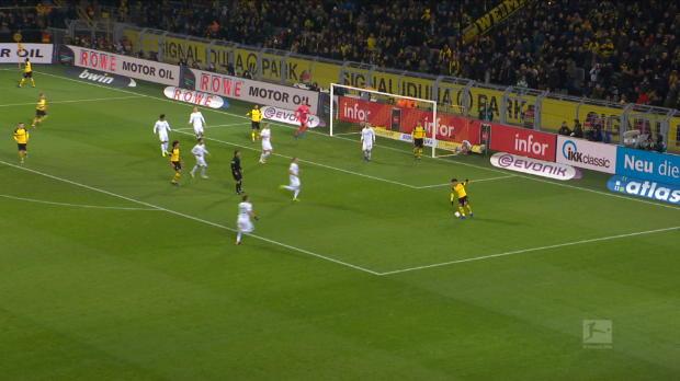 Bundesliga - 15e j. - L'incroyable sauvetage de Klaassen sur sa ligne