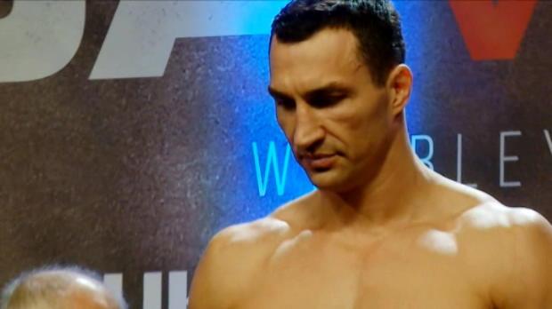 لقطة: ملاكمة: جوشوا أثقل من كليتشكو في الوزن