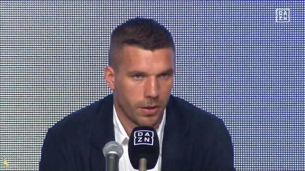 "J-League: Podolski: ""Bringe Spaß nach Japan"""